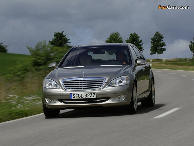 Mercedes-Benz S 600 (W221) 2005–09 pictures (640 x 480)