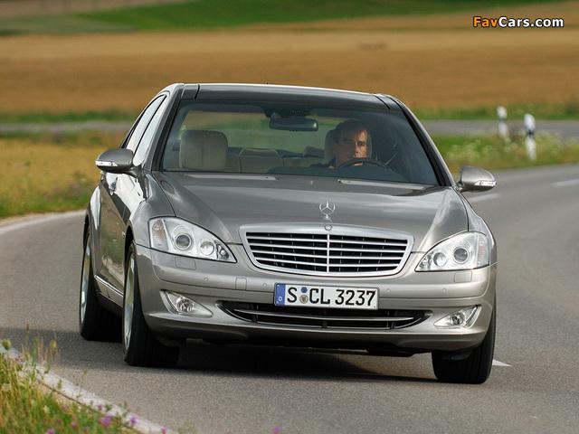 Mercedes-Benz S 600 (W221) 2005–09 wallpapers (640 x 480)