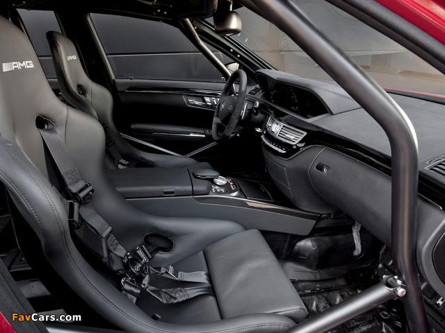 Mercedes-Benz S 63 AMG Show Car (W221) 2010 photos (640 x 480)