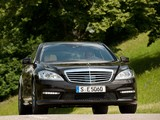 Mercedes-Benz S 63 AMG (W221) 2010–13 pictures