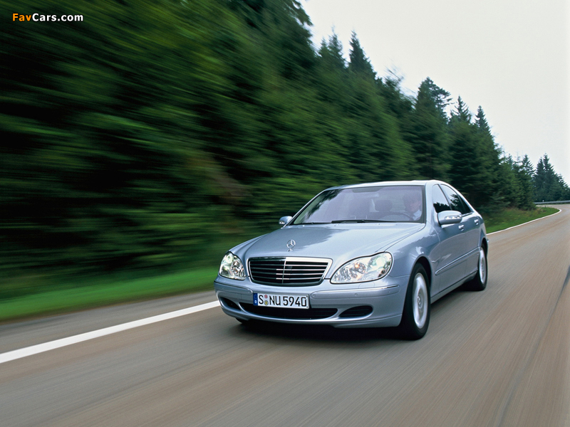 Photos of mercedes benz s 500 4matic w220 2002 06 800x600 for Mercedes benz navigation free download