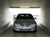 Photos of Mercedes-Benz S 500 4MATIC (W221) 2006–09