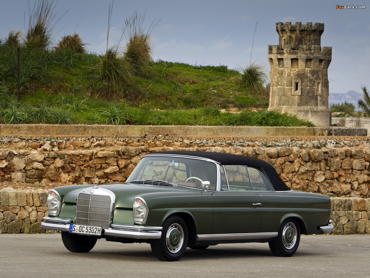 Pictures of Mercedes-Benz 220 SE Cabriolet (W111) 1961–65 (1280 x 960)