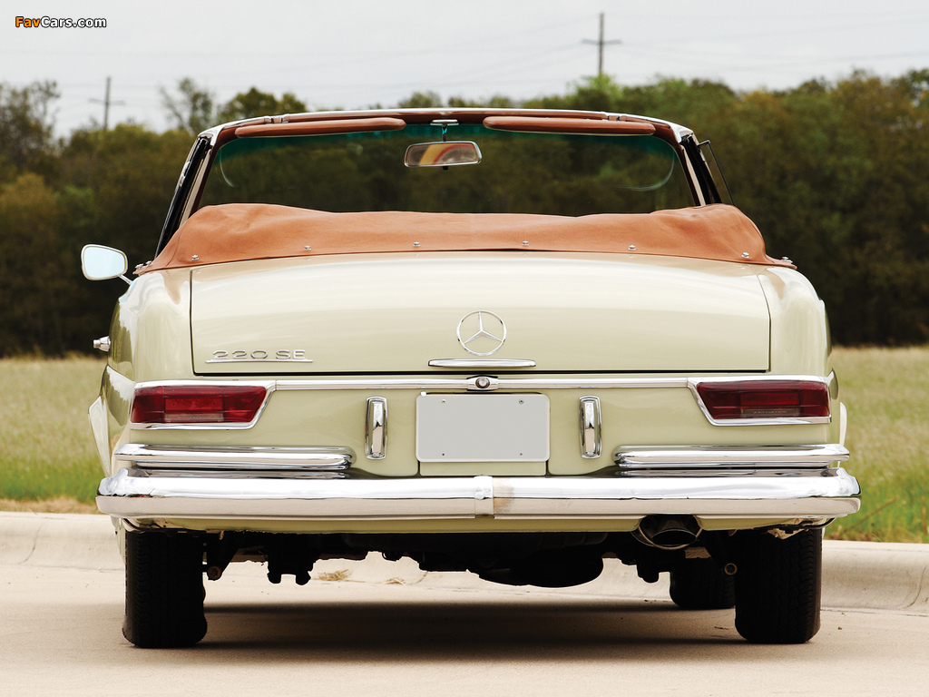 Pictures of Mercedes-Benz 220 SE Cabriolet US-spec (W111) 1961–65 (1024 x 768)