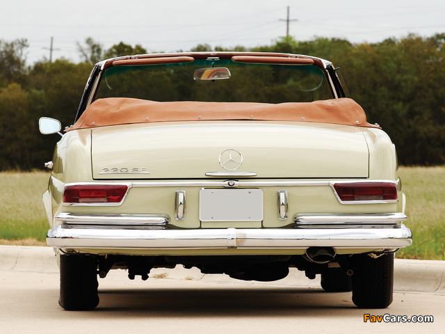 Pictures of Mercedes-Benz 220 SE Cabriolet US-spec (W111) 1961–65 (640 x 480)