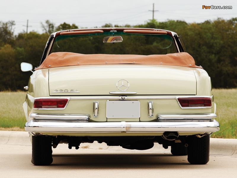 Pictures of Mercedes-Benz 220 SE Cabriolet US-spec (W111) 1961–65 (800 x 600)