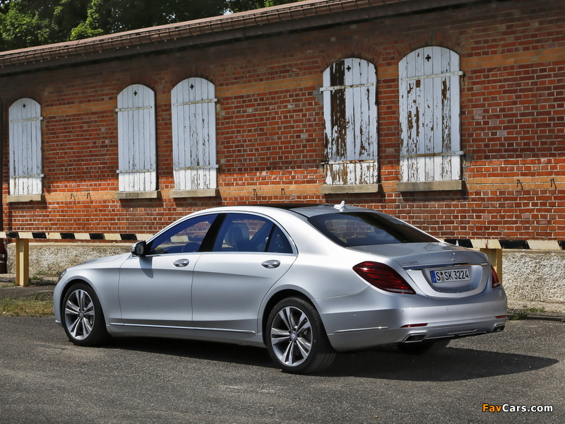Pictures of Mercedes-Benz S 500 (W222) 2013 (800 x 600)