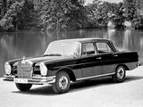 Mercedes-Benz 220 SE (W111) 1959–65 wallpapers