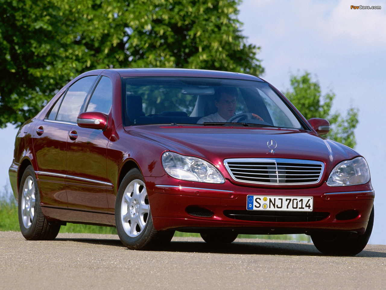 Mercedes-Benz S 400 CDI (W220) 1999–2002 wallpapers (1280 x 960)