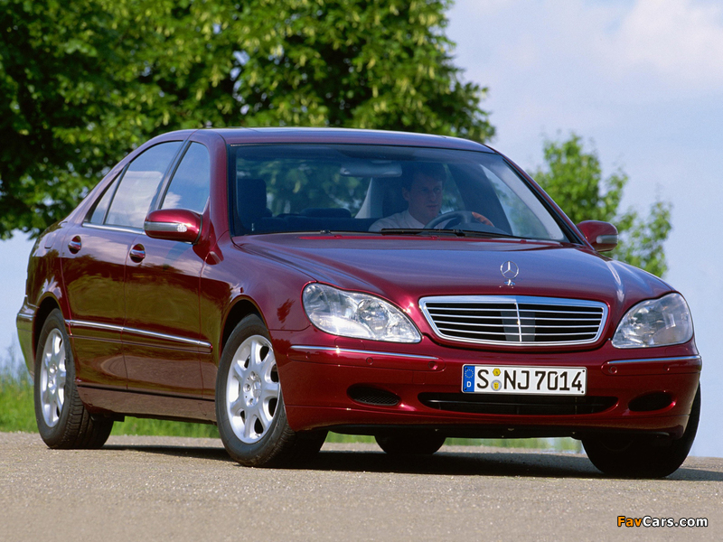 Mercedes-Benz S 400 CDI (W220) 1999–2002 wallpapers (800 x 600)