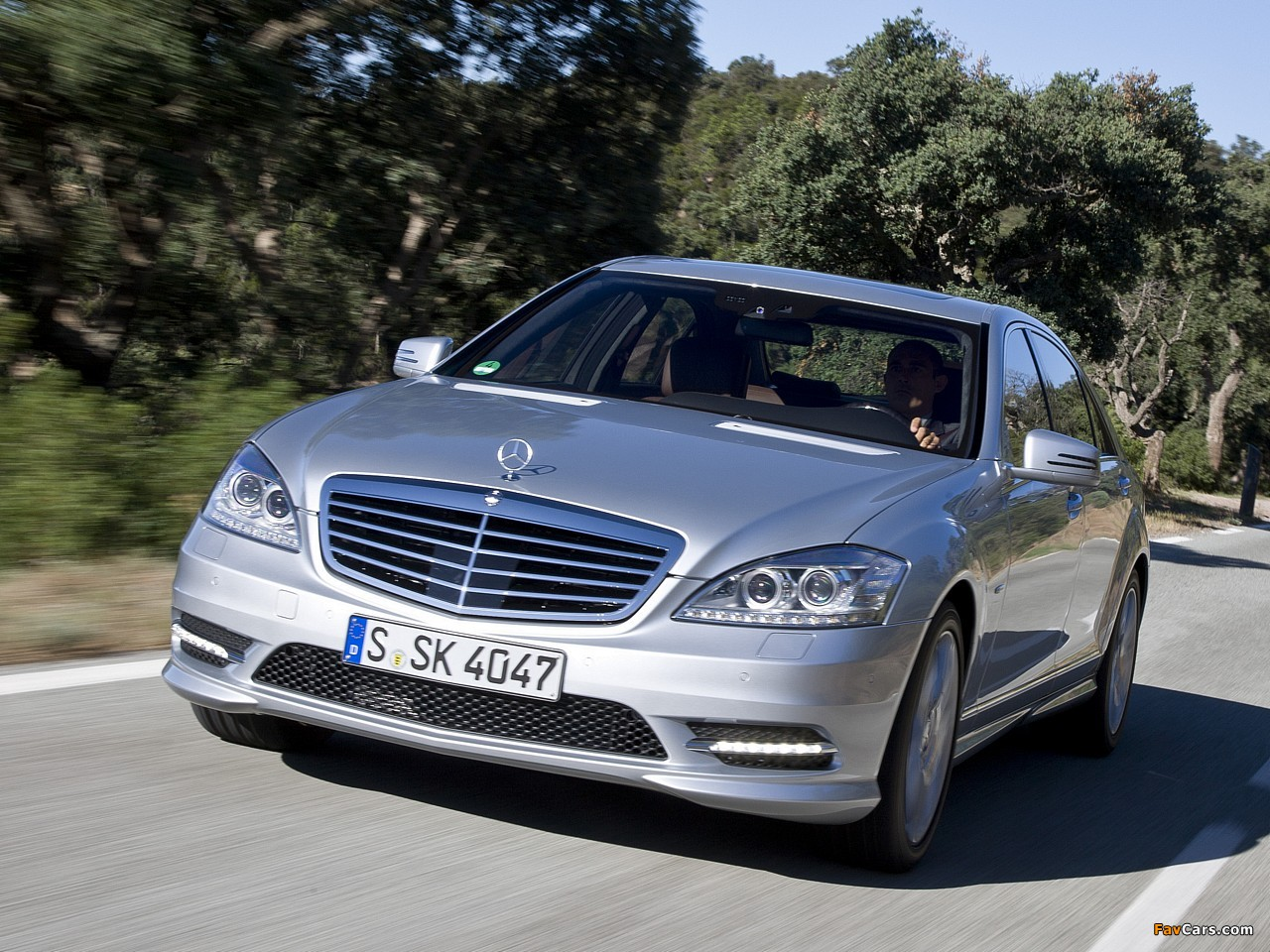Mercedes-Benz S 350 BlueEfficiency AMG Sports Package (W221) 2010–13 wallpapers (1280 x 960)