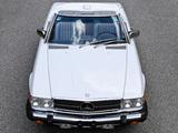 Images of Mercedes-Benz 560 SL US-spec (R107) 1985–89