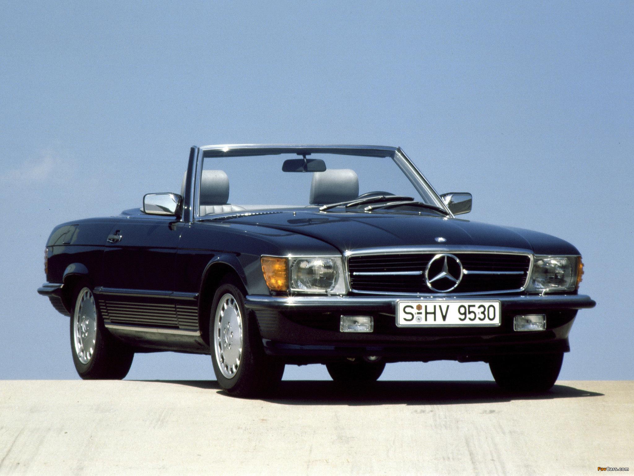 Mercedes-Benz 500 SL (R107) 1980–85 photos (2048 x 1536)