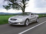 Photos of Mercedes-Benz SL 500 (R230) 2001–05