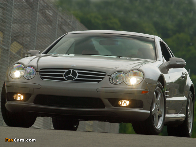 Photos of Mercedes-Benz SL 55 AMG US-spec (R230) 2001–08 (640 x 480)