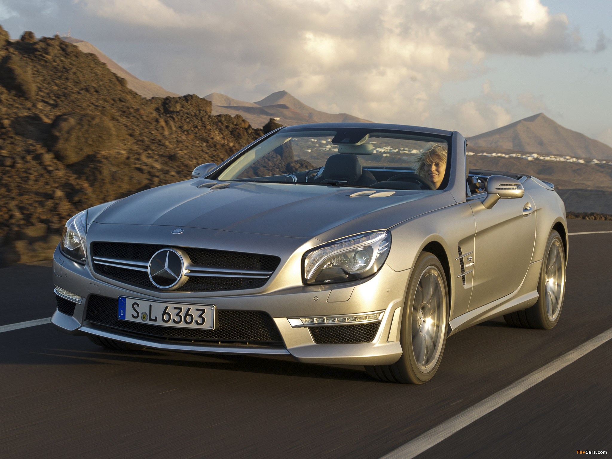 Pictures of mercedes benz sl 63 amg r231 2012 2048x1536 for Mercedes benz sl 63 amg