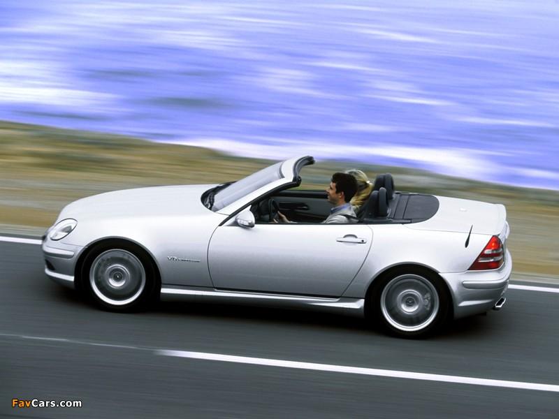 Images of Mercedes-Benz SLK 32 AMG (R170) 2001–04 (800 x 600)