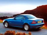 Photos of Mercedes-Benz SLK 200 Kompressor UK-spec (R170) 2000–04