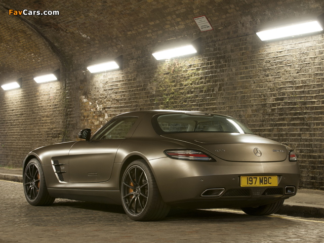 Mercedes-Benz SLS 63 AMG GT UK-spec (C197) 2012 wallpapers (640 x 480)