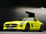 Pictures of Mercedes-Benz SLS 63 AMG E-Cell Prototype (C197) 2010