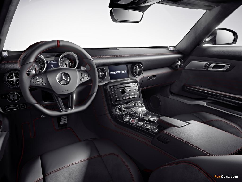Pictures of Mercedes-Benz SLS 63 AMG GT (C197) 2012 (1024 x 768)