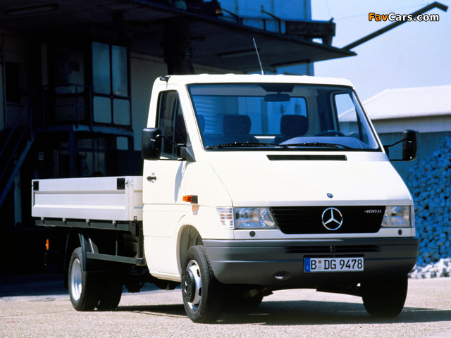 Images of Mercedes-Benz Sprinter Pickup 1995–2000 (640 x 480)