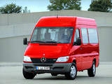 Images of Mercedes-Benz Sprinter 2000–06
