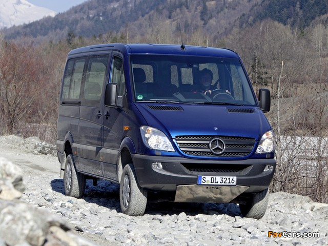 Images of Mercedes-Benz Sprinter 4x4 (W906) 2009–13 (640 x 480)
