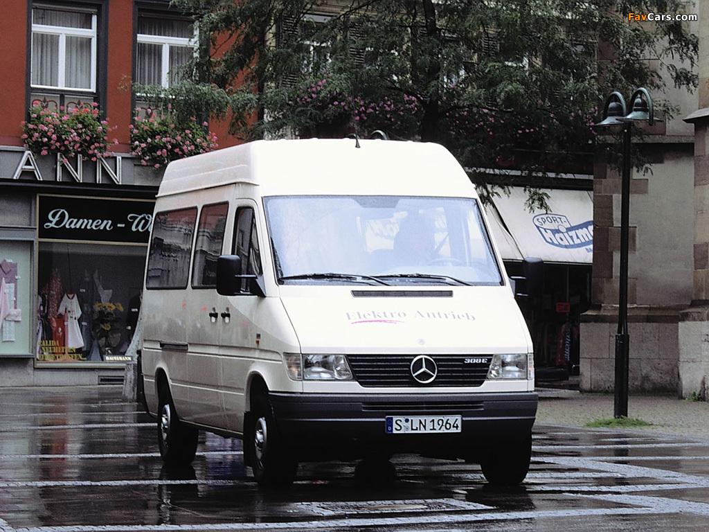 Mercedes-Benz Sprinter 308E Elektro Antrieb 1995 pictures (1024 x 768)