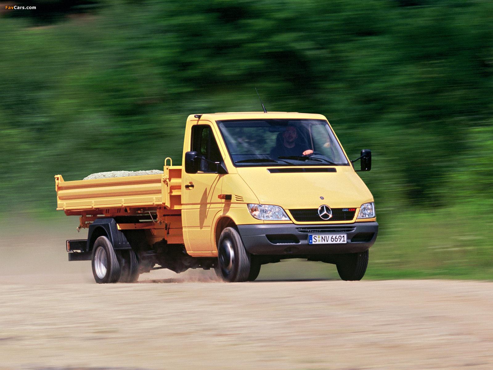 Mercedes-Benz Sprinter Pickup 2002–06 images (1600 x 1200)