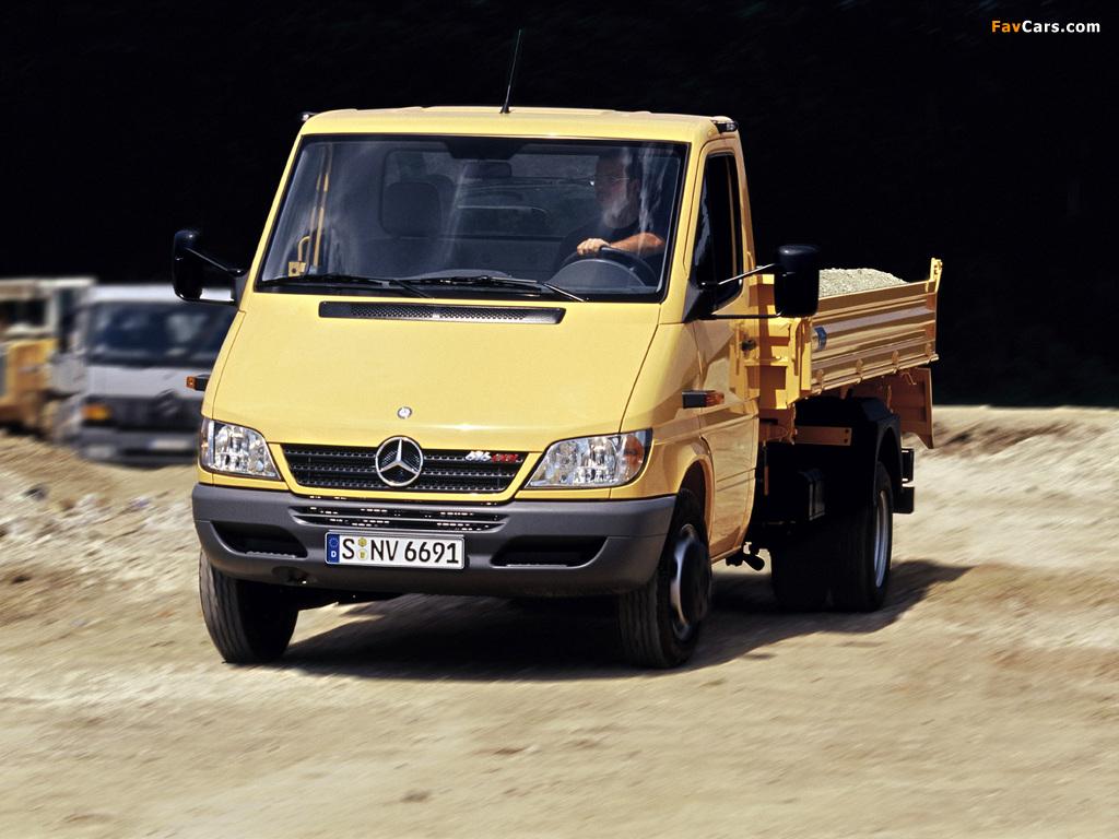 Mercedes-Benz Sprinter Pickup 2002–06 photos (1024 x 768)