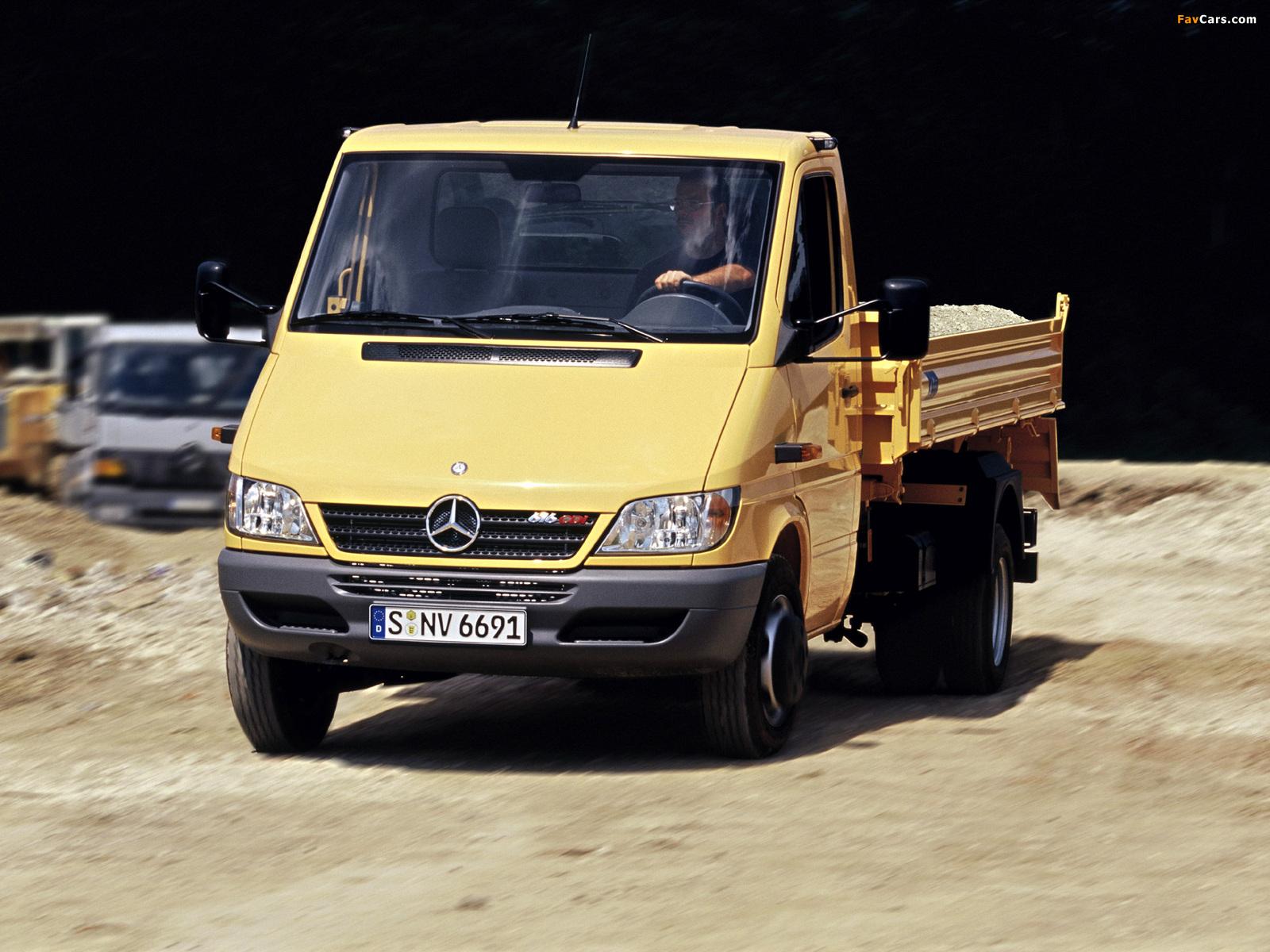 Mercedes-Benz Sprinter Pickup 2002–06 photos (1600 x 1200)