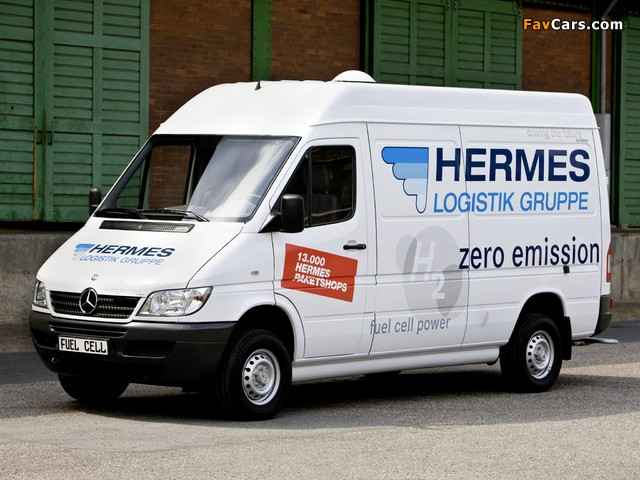 Mercedes-Benz Sprinter Fuel Cell Drive System Concept 2004 images (640 x 480)