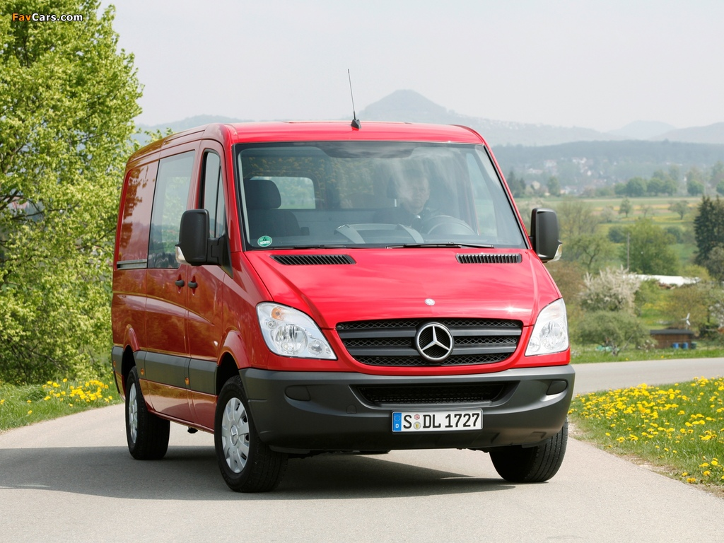 Mercedes-Benz Sprinter Van (W906) 2006–13 photos (1024 x 768)