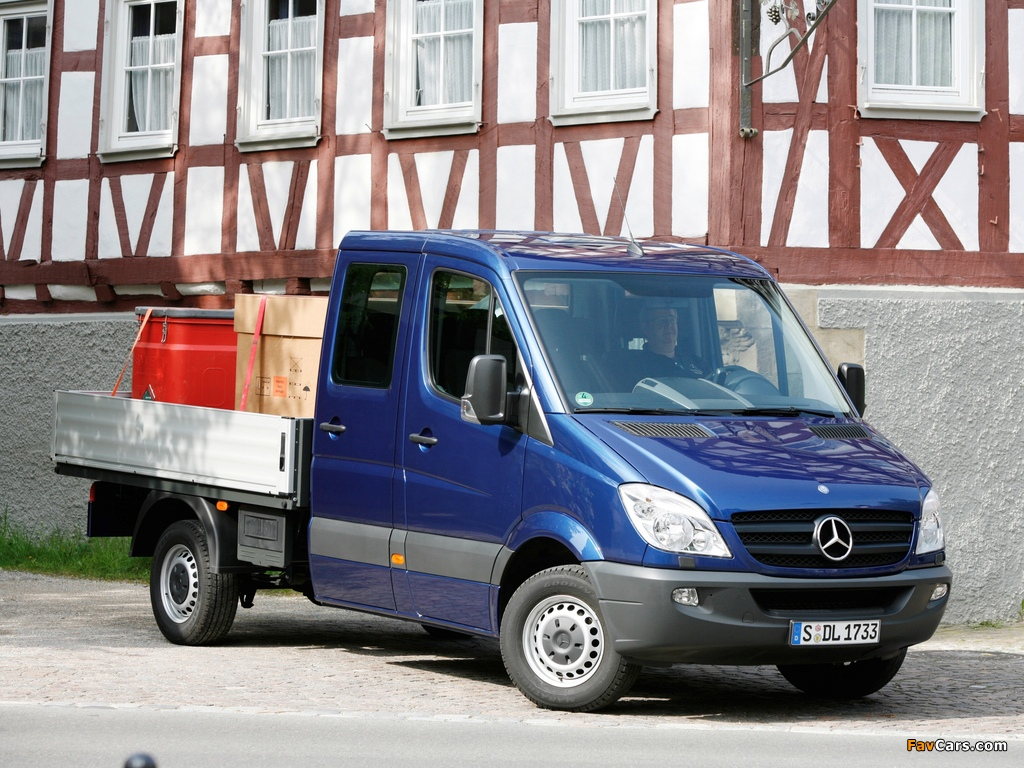 Mercedes-Benz Sprinter Double Cab Dropside (W906) 2006–13 wallpapers (1024 x 768)
