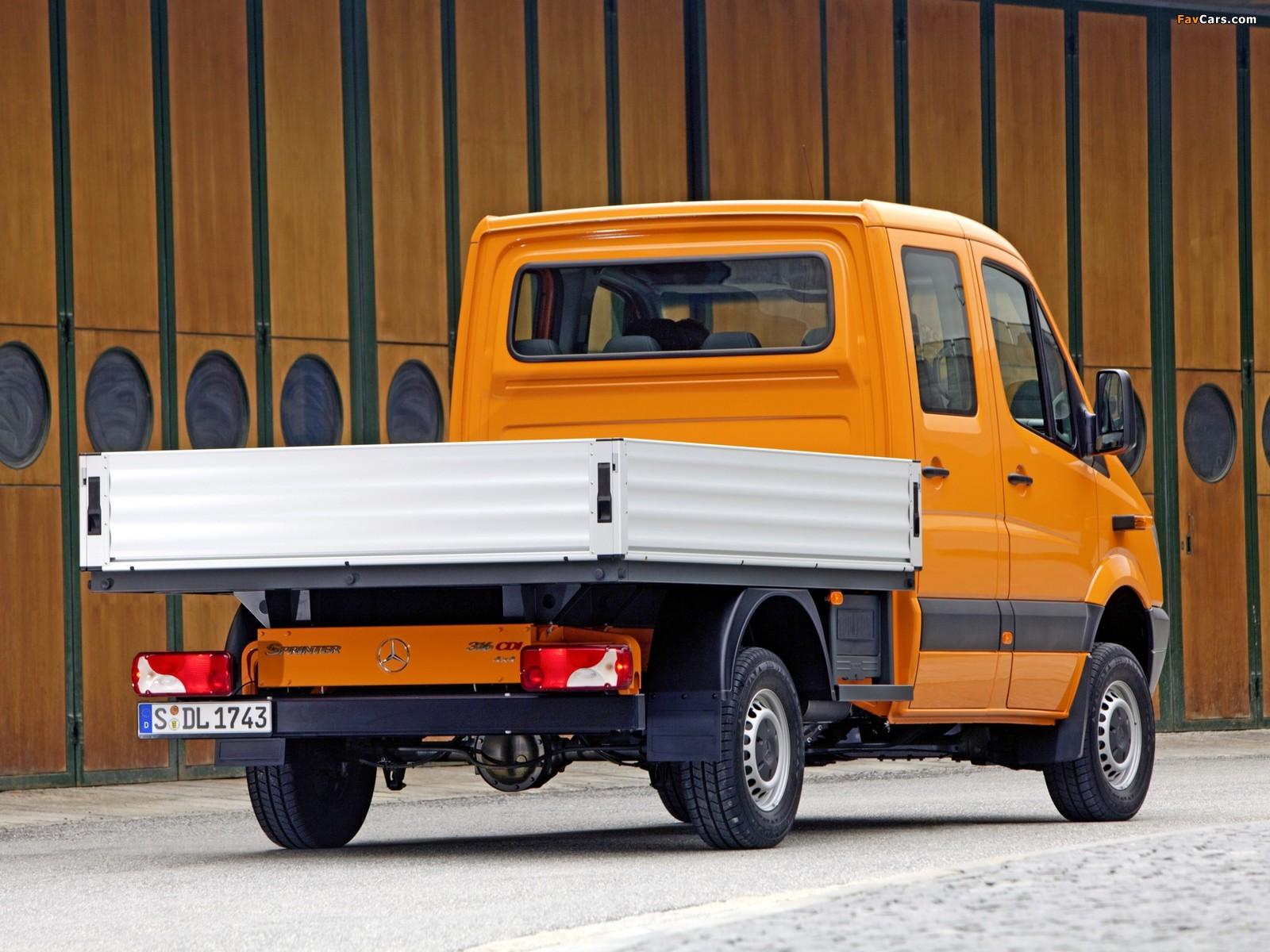 Mercedes-Benz Sprinter Double Cab Dropside 4x4 (W906) 2009–13 images (1600 x 1200)