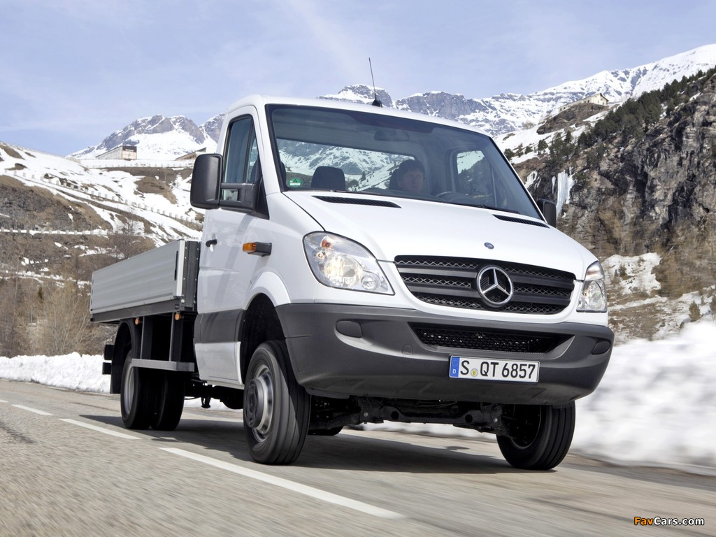 Mercedes-Benz Sprinter Tipper 4x4 (W906) 2009–13 photos (1024 x 768)