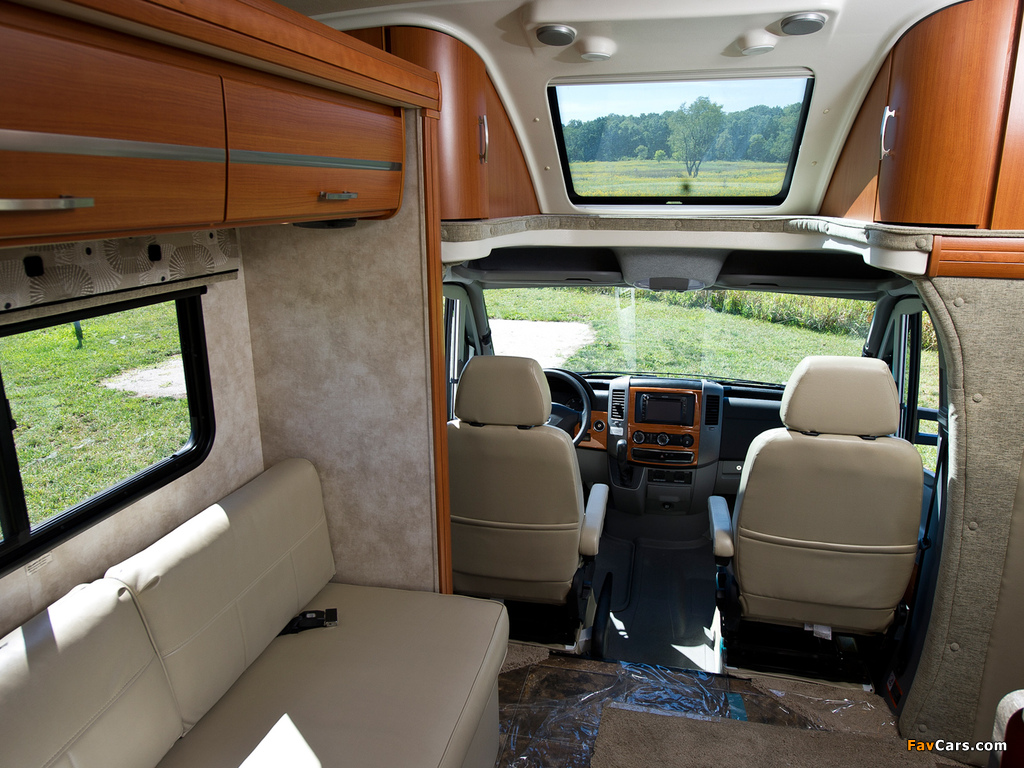 Winnebago View Profile (W906) 2011 photos (1024 x 768)