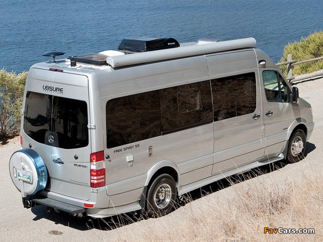 Leisure Travel Vans Free Spirit SS (W906) 2013 photos (640 x 480)