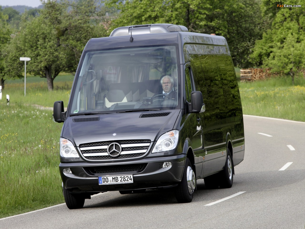 Photos of Mercedes-Benz Sprinter Travel 65 (W906) 2006 (1280 x 960)
