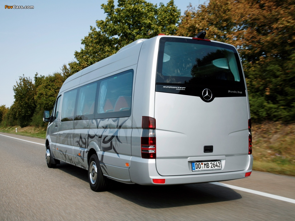Photos of Mercedes-Benz Sprinter Travel 55 (W906) 2006–13 (1024 x 768)