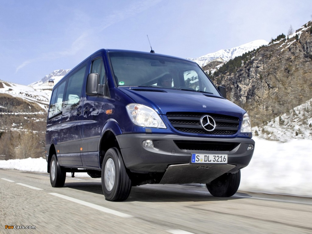 Photos of Mercedes-Benz Sprinter 4x4 (W906) 2009–13 (1024 x 768)