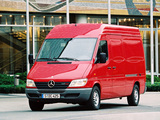 Pictures of Mercedes-Benz Sprinter Van 2000–06