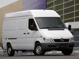 Pictures of Mercedes-Benz Sprinter Street Van 2002–11