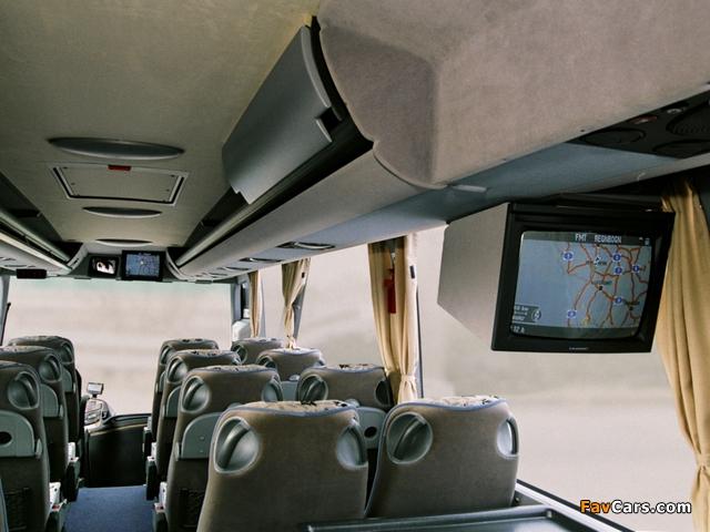 Images of Mercedes-Benz Tourismo Edition 10000 (O350) 2005 (640 x 480)