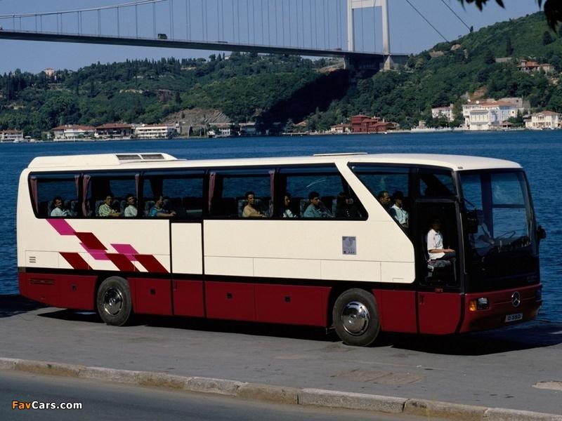 Pictures of Mercedes-Benz Tourismo (O350) 1994–99 (800 x 600)