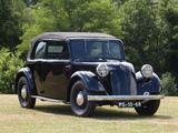 Photos of Mercedes-Benz 130 H Cabriolet Saloon (W23) 1934–36