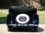 Photos of Mercedes-Benz 290 lang Cabriolet A (W18) 1934–37