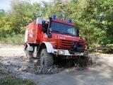Mercedes-Benz Unimog U5000 Feuerwehr 2000–13 images