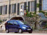 Images of Mercedes-Benz Vaneo (W414) 2002–06